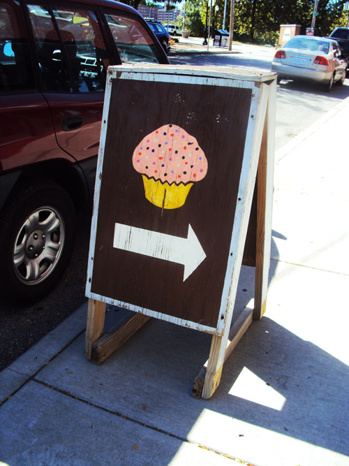 babycakes cupcake sign
