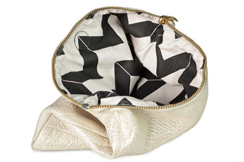 hammocks & high tea chevron clutch
