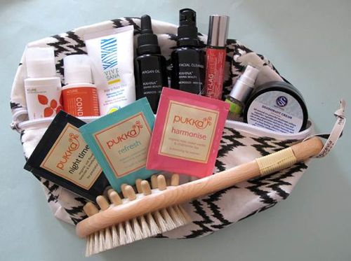 spirit demerson spirit beauty lounge dopp kit