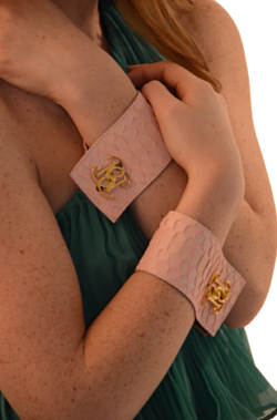 bolbach bracelet cuff pastel pink python cuff with logo cufflink