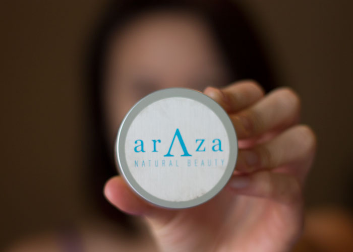 araza natural beauty 7 in 1 Coconut Creme Foundation