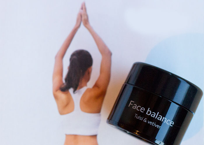 bottega organica face balance tulsi and vetiver